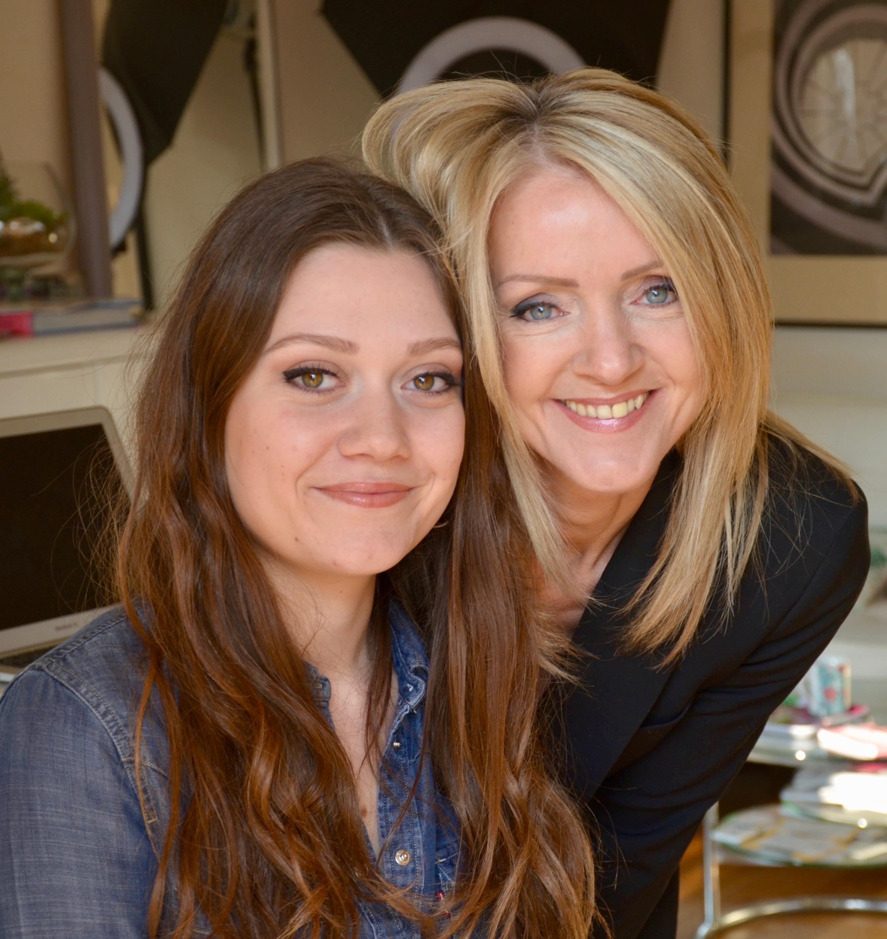 Cours de maquillage Dominique et Dorine